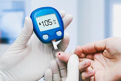 Blutzuckertest in der Klinik für Diabetes mellitus